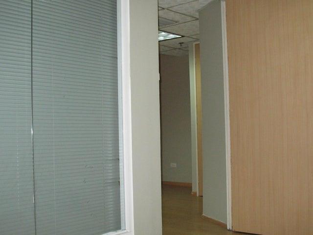 Oficina Distrito Metropolitano>Caracas>Chacaito - Venta:31.211.000 Precio Referencial - codigo: 18-7581