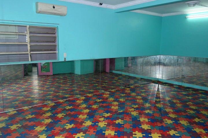 Casa Distrito Metropolitano>Caracas>Las Palmas - Venta:922.236.000.000 Precio Referencial - codigo: 18-7585