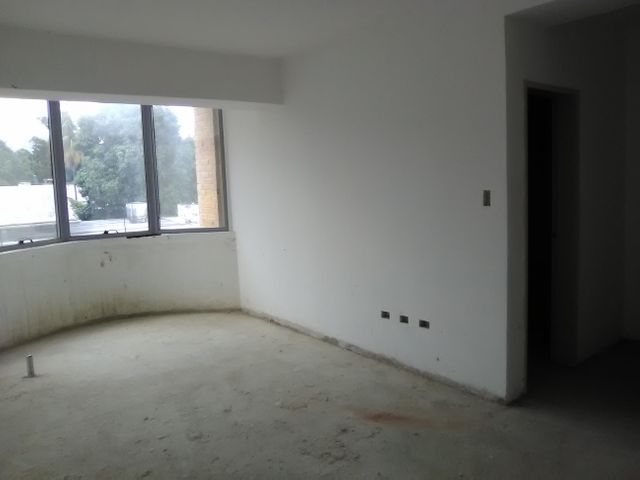 Apartamento Aragua>Maracay>La Arboleda - Venta:6.463.000 Precio Referencial - codigo: 18-7622