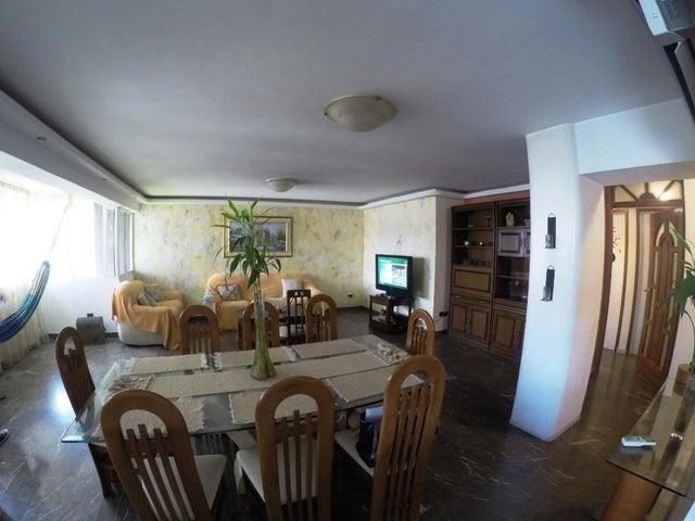 Apartamento Distrito Metropolitano>Caracas>La Campiña - Venta:204.716.000.000 Precio Referencial - codigo: 18-7631