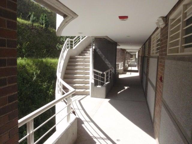 Apartamento Distrito Metropolitano>Caracas>Escampadero - Venta:744.421.000.000 Precio Referencial - codigo: 18-7628
