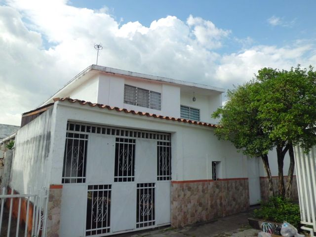 Casa Carabobo>Valencia>Trigal Centro - Venta:10.816.000 Precio Referencial - codigo: 18-7634
