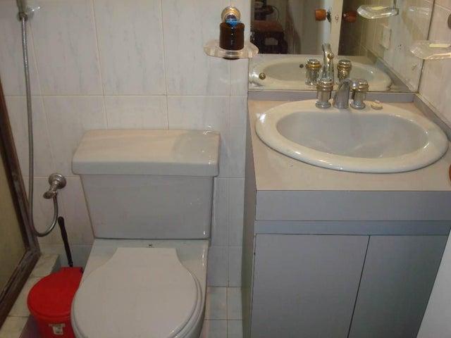 Apartamento Distrito Metropolitano>Caracas>El Bosque - Venta:11.851.000 Precio Referencial - codigo: 18-7644