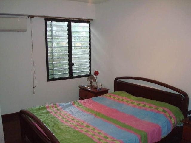 Apartamento Distrito Metropolitano>Caracas>El Bosque - Venta:95.224.000 Precio Referencial - codigo: 18-7644