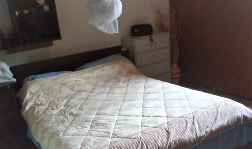 Apartamento Distrito Metropolitano>Caracas>Puente Hierro - Venta:15.750 Precio Referencial - codigo: 18-7677
