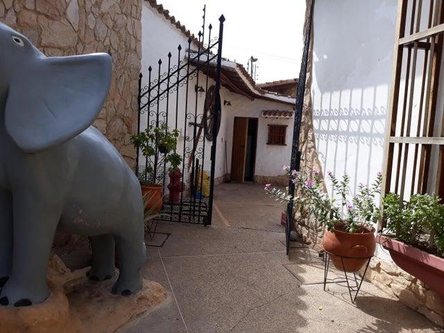 Casa Anzoategui>Barcelona>Nueva Barcelona - Venta:4.524.000 Precio Referencial - codigo: 18-7620