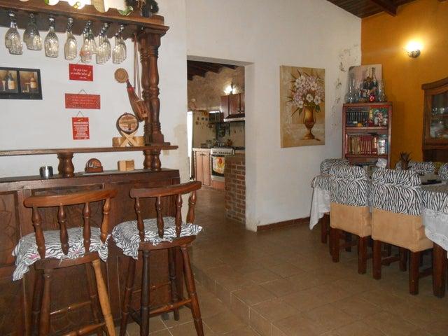 Casa Distrito Metropolitano>Caracas>El Junquito - Venta:32.500 US Dollar - codigo: 18-7697