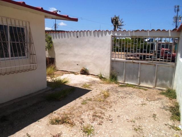 Casa Nueva Esparta>Margarita>San Antonio - Venta:5.000 Precio Referencial - codigo: 18-7771