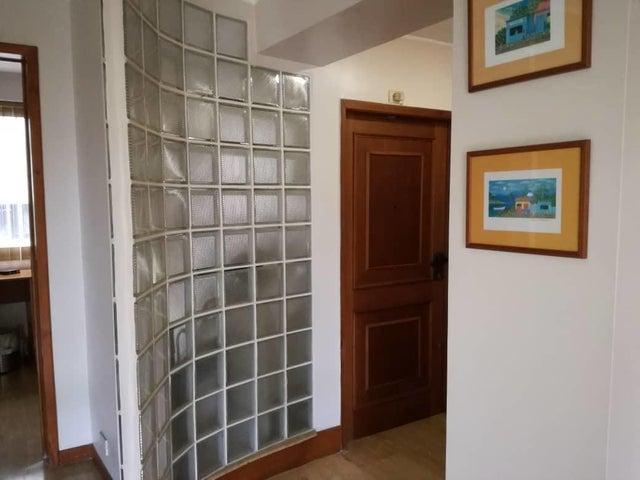 Apartamento Distrito Metropolitano>Caracas>Las Palmas - Venta:75.000 US Dollar - codigo: 18-7953