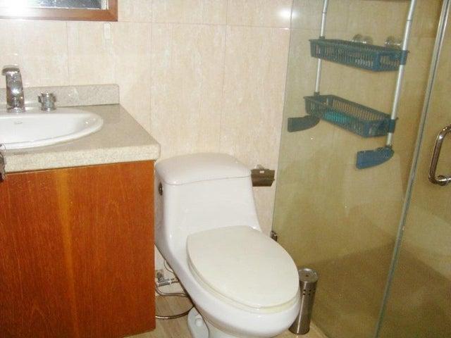 Casa Anzoategui>El Tigre>Pueblo Nuevo Sur - Alquiler:700 Precio Referencial - codigo: 18-7956