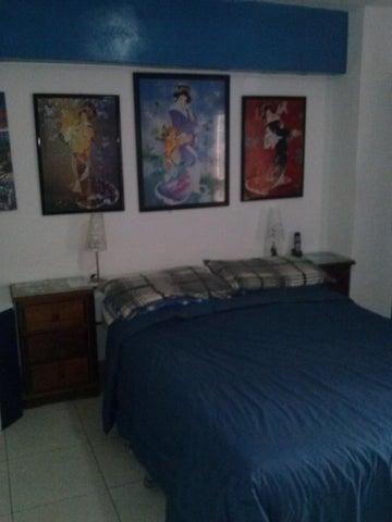 Apartamento Distrito Metropolitano>Caracas>El Paraiso - Venta:20.000 Precio Referencial - codigo: 18-8177