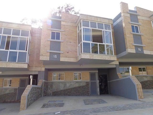 Townhouse Carabobo>Valencia>Colinas de Guataparo - Venta:51.136.000 Precio Referencial - codigo: 18-8181