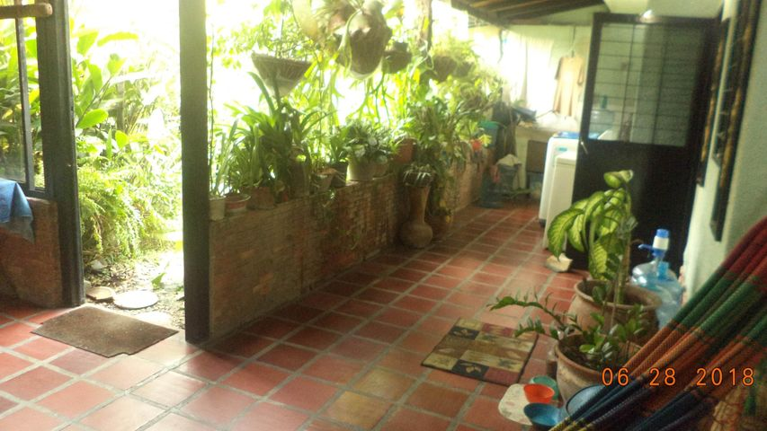 Casa Lara>Cabudare>Parroquia Cabudare - Venta:3.852.000 Precio Referencial - codigo: 18-8320