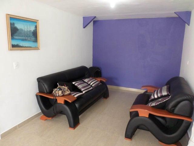 Casa Lara>Barquisimeto>Parroquia El Cuji - Venta:8.500 Precio Referencial - codigo: 18-8606