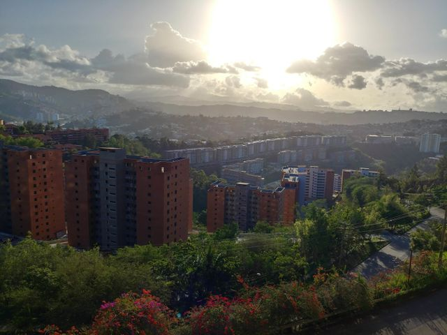 Apartamento Distrito Metropolitano>Caracas>Colinas de La Tahona - Venta:142.837.000 Precio Referencial - codigo: 18-7570
