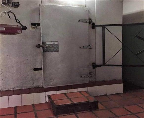 Local Comercial Anzoategui>El Tigre>Pueblo Nuevo Sur - Venta:174.172.000 Precio Referencial - codigo: 17-10612