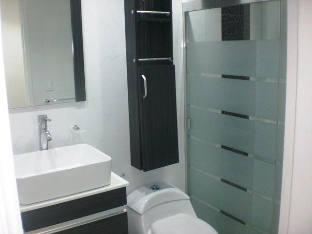 Apartamento Distrito Metropolitano>Caracas>Los Rosales - Venta:305.471.000 Precio Referencial - codigo: 18-8532