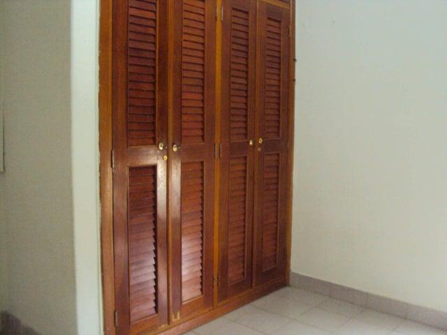 Apartamento Falcon>Coro>450 Años - Venta:963.000 Precio Referencial - codigo: 18-8656