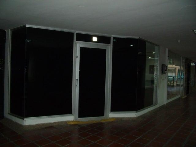 Local Comercial Lara>Barquisimeto>Parroquia Santa Rosa - Venta:45.500 Precio Referencial - codigo: 18-8586
