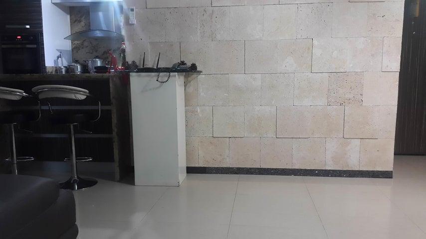 Apartamento Distrito Metropolitano>Caracas>Parroquia San Juan - Venta:2.141.000 Precio Referencial - codigo: 18-8688
