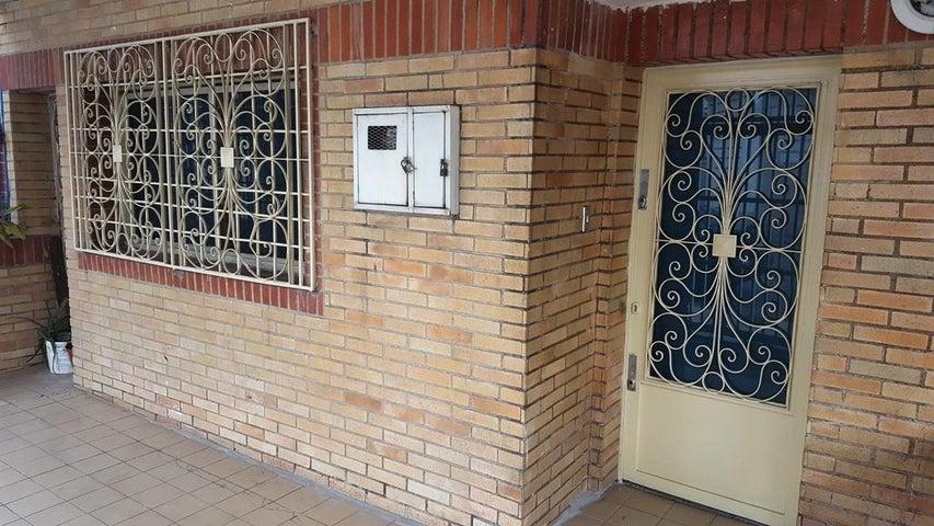 Oficina Distrito Metropolitano>Caracas>Mariperez - Alquiler:42.000 Precio Referencial - codigo: 18-8665