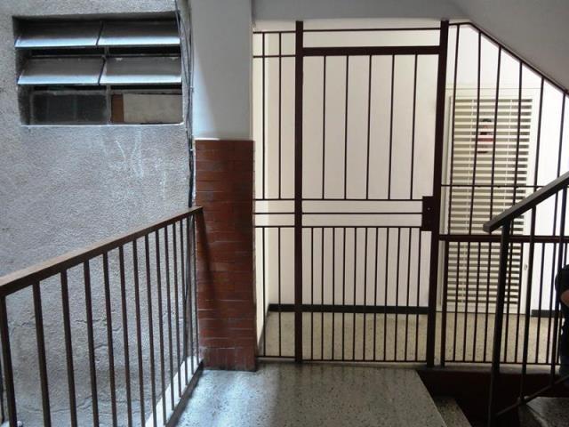 Apartamento Distrito Metropolitano>Caracas>Parroquia La Candelaria - Venta:43.438.000.000 Precio Referencial - codigo: 18-8654