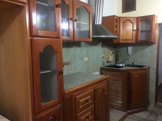 Casa Falcon>Punto Fijo>Puerta Maraven - Venta:3.925.000 Precio Referencial - codigo: 18-8676