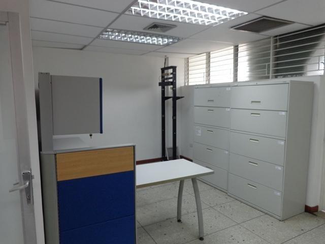 Local Comercial Portuguesa>Acarigua>Centro - Alquiler:261.000 Precio Referencial - codigo: 18-8678