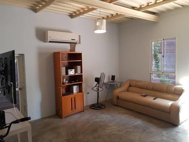 Casa Zulia>Maracaibo>Santa Rita - Venta:217.190.000.000 Precio Referencial - codigo: 18-8680
