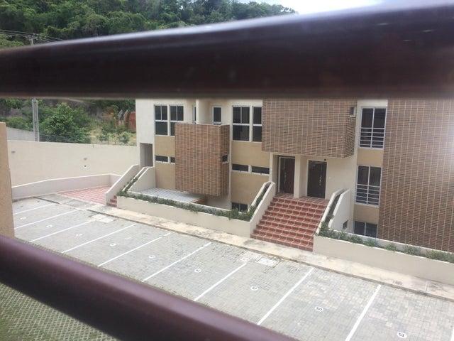 Townhouse Carabobo>Municipio Naguanagua>El Rincon - Venta:180.992.000.000 Precio Referencial - codigo: 18-8682