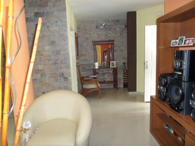 Townhouse Aragua>Maracay>Villas Ingenio II - Venta:4.604.000 Precio Referencial - codigo: 18-8694