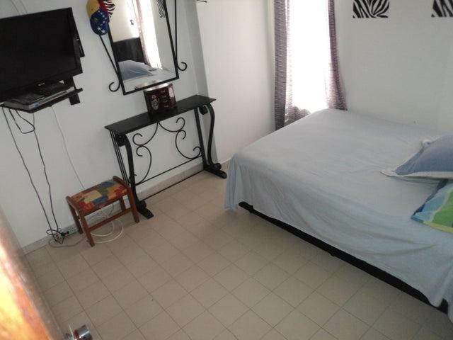 Apartamento Distrito Metropolitano>Caracas>Petare - Venta:101.355.000.000 Precio Referencial - codigo: 18-8711