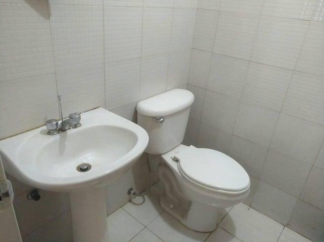 Apartamento Carabobo>Valencia>Prebo I - Venta:1.841.000 Precio Referencial - codigo: 18-8719