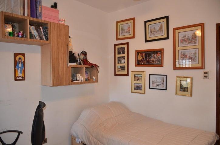 Apartamento Zulia>Maracaibo>Juana de Avila - Venta:148.884.000.000 Precio Referencial - codigo: 18-8747