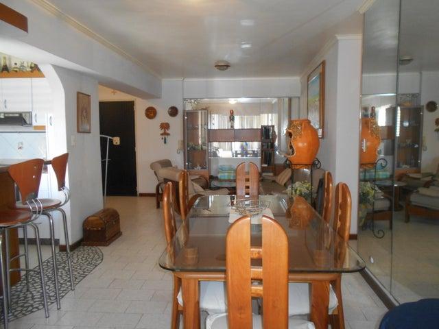 Apartamento Distrito Metropolitano>Caracas>La Urbina - Venta:30.000 Precio Referencial - codigo: 18-8759