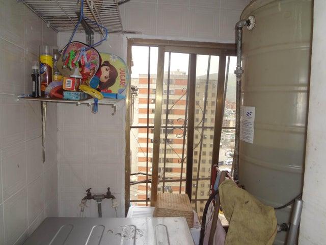 Apartamento Distrito Metropolitano>Caracas>Catia - Venta:13.500 US Dollar - codigo: 18-8758