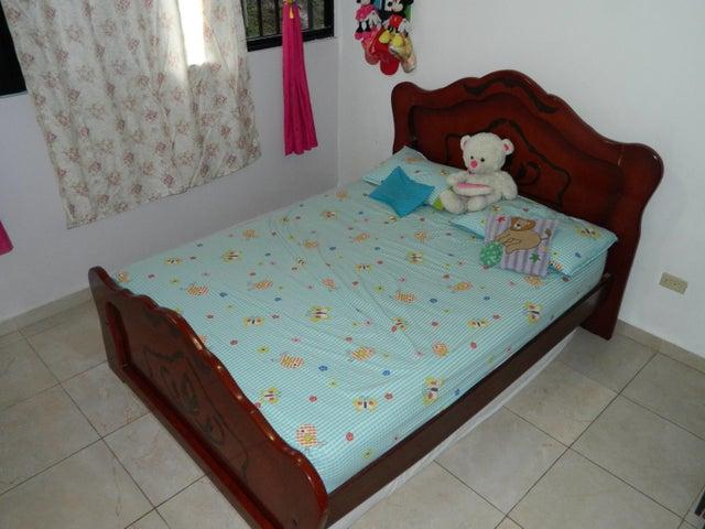 Apartamento Miranda>Los Teques>El Solar de la Quinta - Venta:10.000 US Dollar - codigo: 18-9438