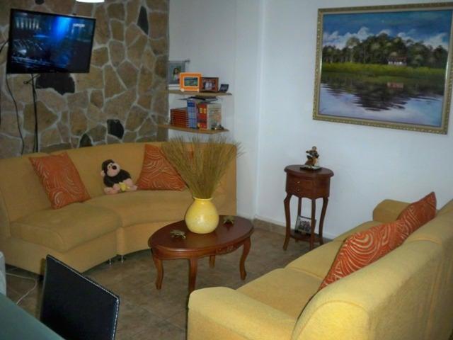 Townhouse Nueva Esparta>Margarita>Sector San Lorenzo - Venta:45.000 Precio Referencial - codigo: 18-9625