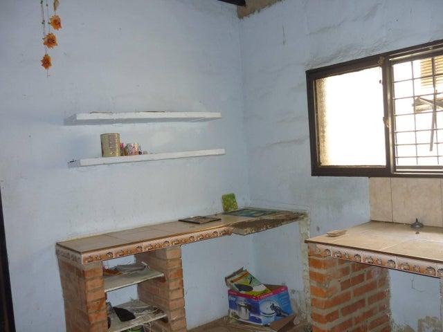 Casa Lara>Cabudare>Parroquia Agua Viva - Venta:3.000 US Dollar - codigo: 18-9638