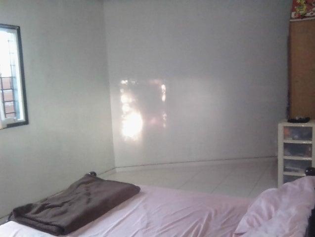 Casa Lara>Barquisimeto>El Manzano - Venta:6.000 US Dollar - codigo: 18-9710