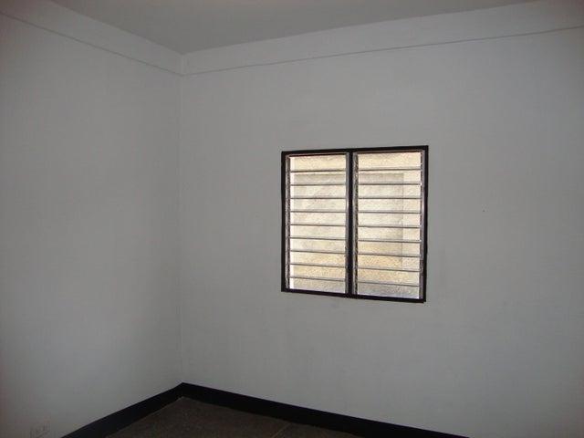 Casa Yaracuy>Yaritagua>Municipio Peña - Venta:33.000 US Dollar - codigo: 18-9743