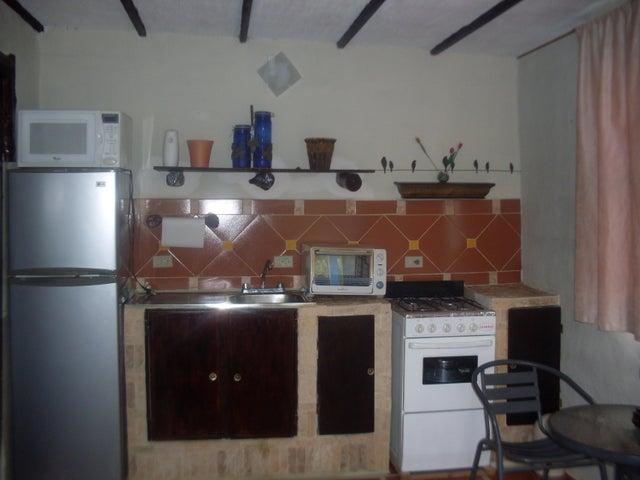 Casa Lara>Barquisimeto>Parroquia Santa Rosa - Venta:25.000 US Dollar - codigo: 18-9744