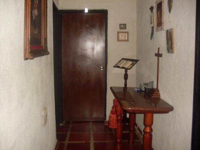 Casa Lara>Barquisimeto>Parroquia Santa Rosa - Venta:45.000 US Dollar - codigo: 18-9746