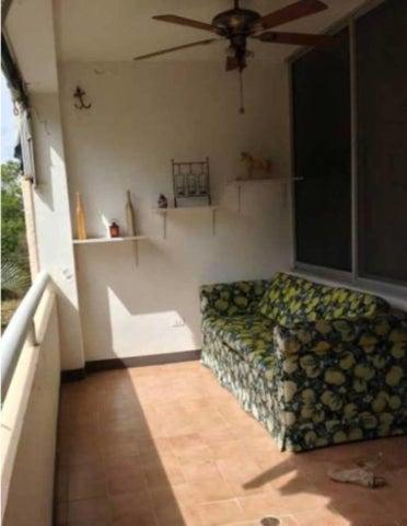 Apartamento Miranda>Rio Chico>Los Canales de Rio Chico - Venta:20.000 Precio Referencial - codigo: 18-9804