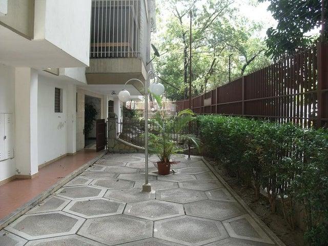 Apartamento Distrito Metropolitano>Caracas>Montalban II - Venta:6.122.000 Precio Referencial - codigo: 18-9876