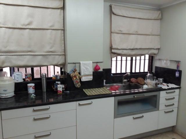 Apartamento Zulia>Maracaibo>Bellas Artes - Alquiler:37.000 Precio Referencial - codigo: 18-11589