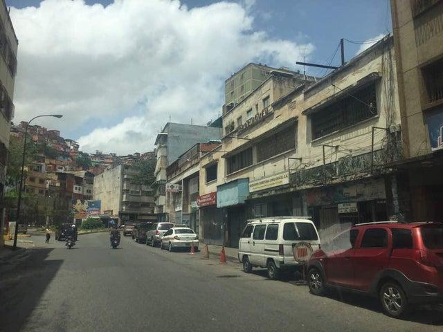 Local Comercial Distrito Metropolitano>Caracas>Puente Hierro - Venta:41.840.000 Precio Referencial - codigo: 18-9873