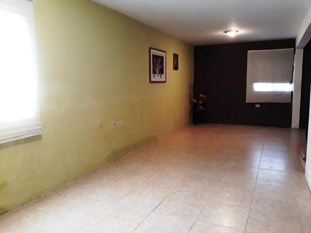 Townhouse Zulia>Cabimas>Concordia - Venta:15.000 US Dollar - codigo: 18-9078