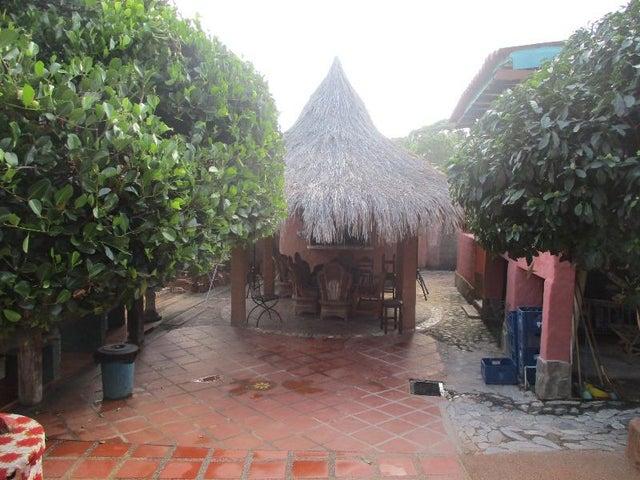 Casa Nueva Esparta>Margarita>Paraguachi - Venta:300.000 Precio Referencial - codigo: 18-10432
