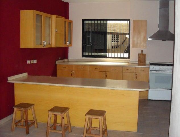 Apartamento Distrito Metropolitano>Caracas>Chacao - Venta:50.000 Precio Referencial - codigo: 18-11277